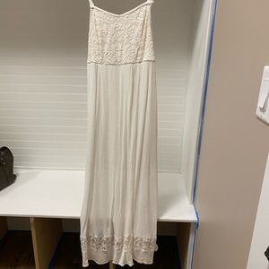 Torrid ivory maxi dress lace panels & stretch top